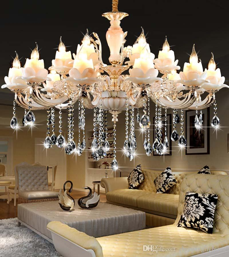 Luxurious & Aristocrat Chandelier Image